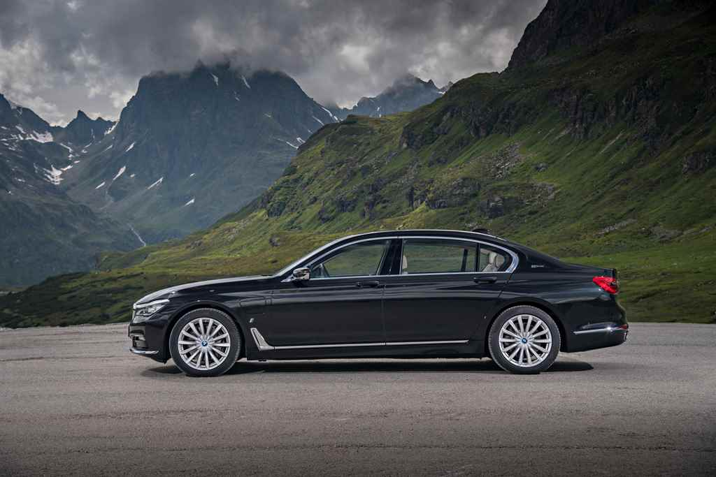 bmw-7-iperformance-autoaddikt-3