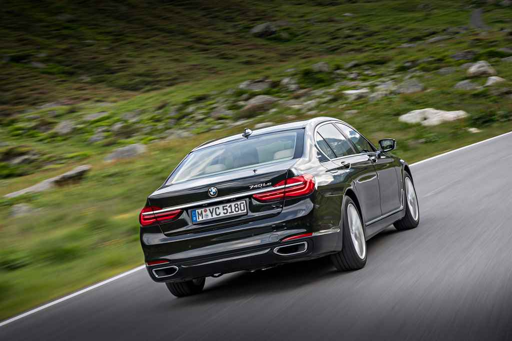 bmw-7-iperformance-autoaddikt-9