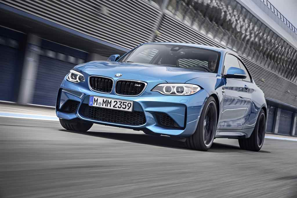 bmw-m2-coupe-2016-autoaddikt