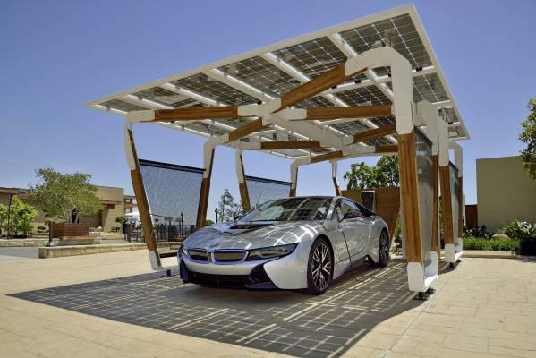 bmw_i_solar_carport_koncepcio_ces_2015