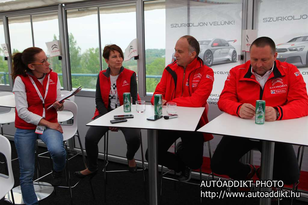 citroen_racing_wtcc_2015_hungaroring_autoaddikt_1