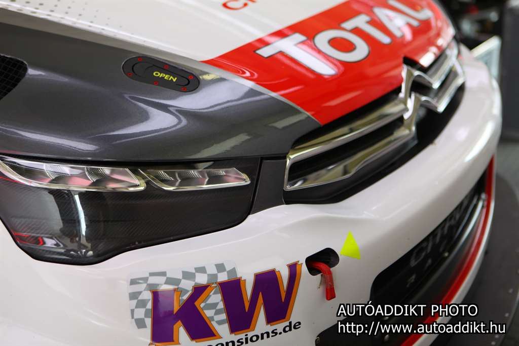 citroen_racing_wtcc_2015_hungaroring_autoaddikt_3