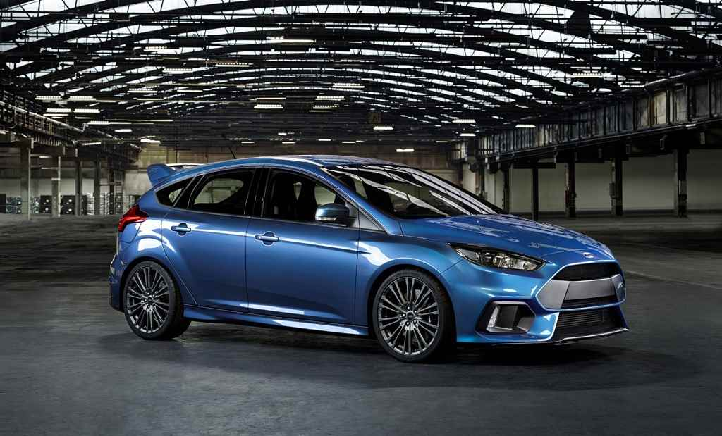 ford_focus_rs_2015_001