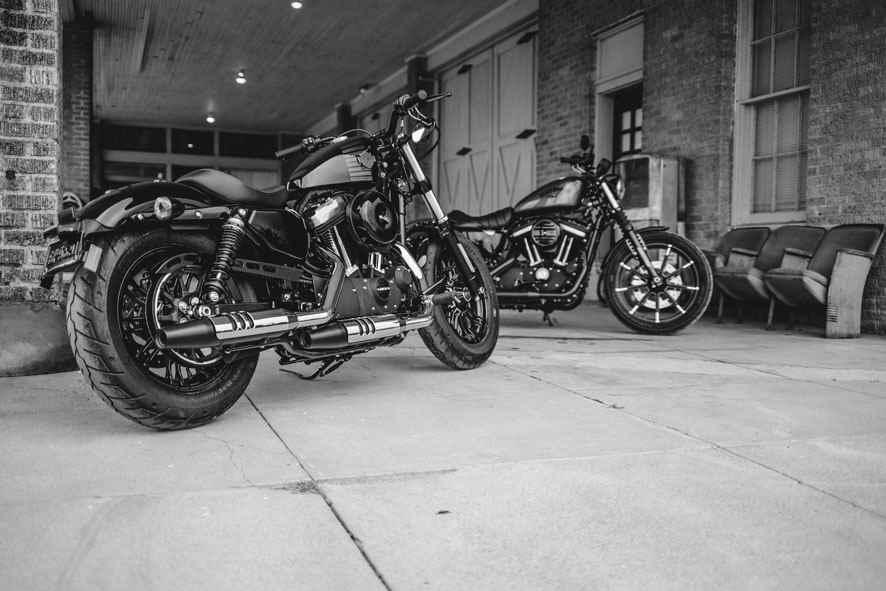 harley_davidson_dark_custom_autoaddikt