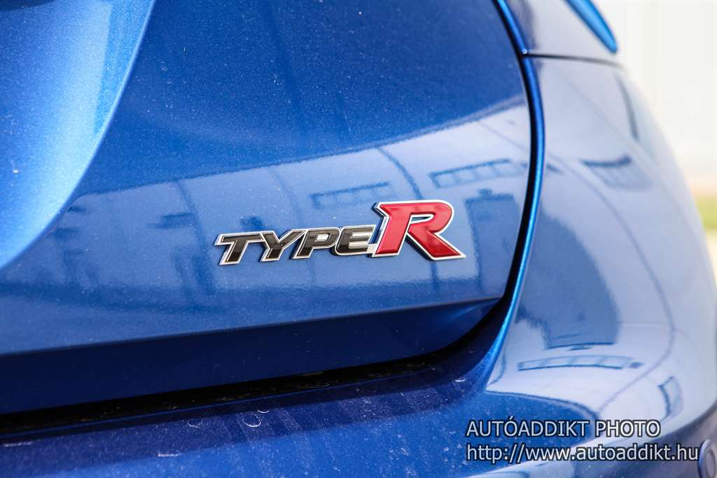 honda-civic-type-r-gt-turbo-teszt-2016-autoaddikt-013