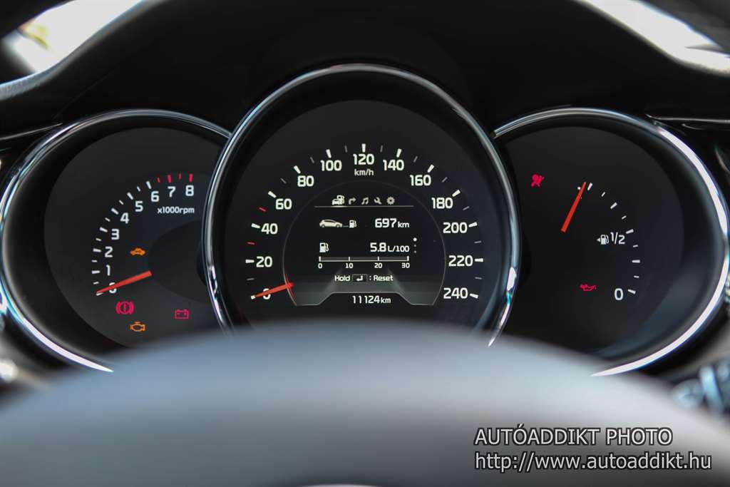 kia-ceed-1-0-tgdi-gt-line-teszt-autoaddikt-015