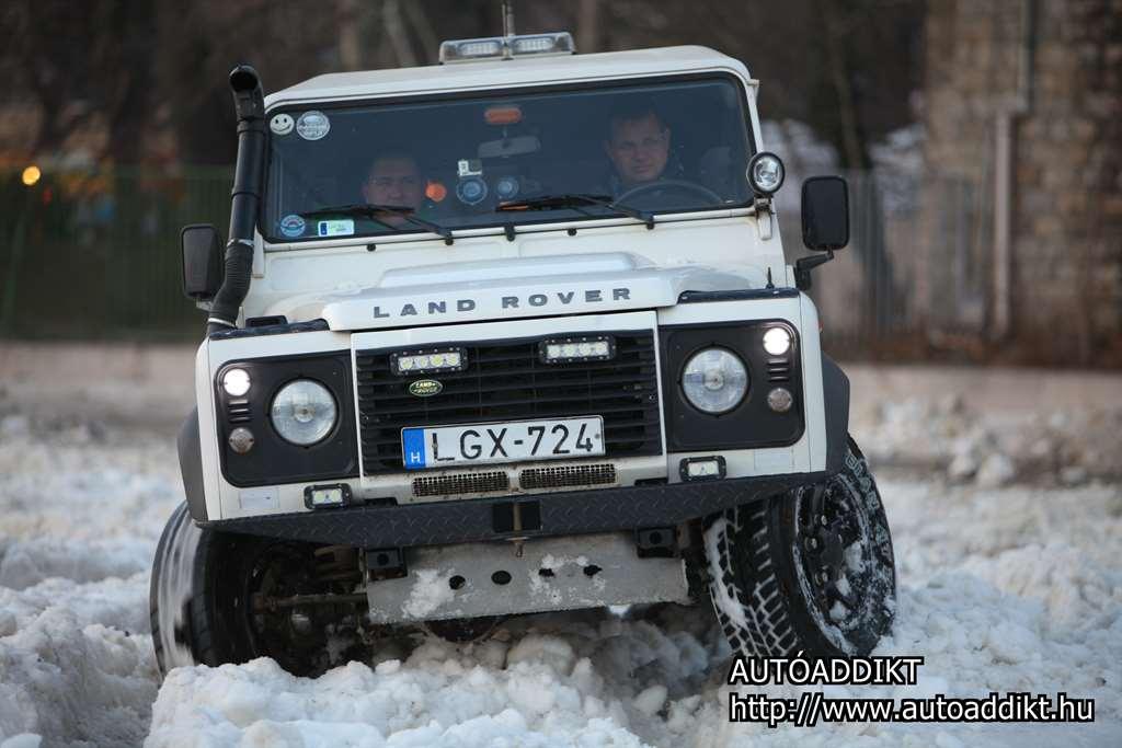 land_rover_defender_2015_budapest_001