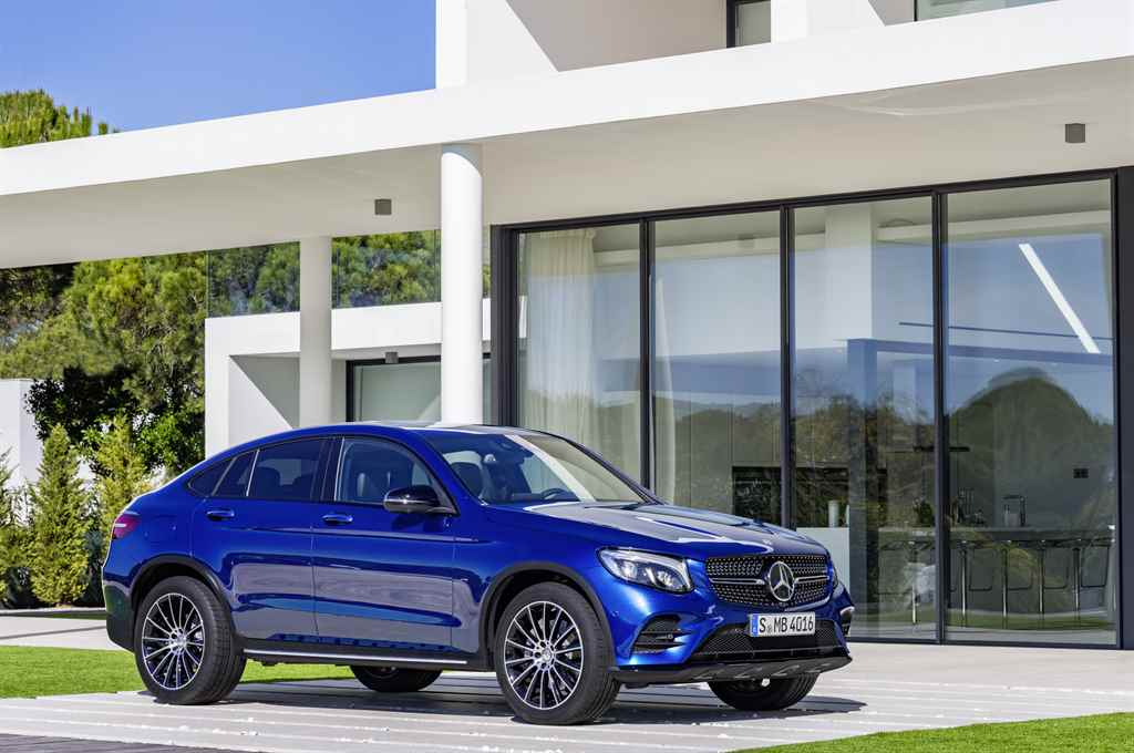 mercedes-benz-glc-coupe-2016-autoaddikt-1