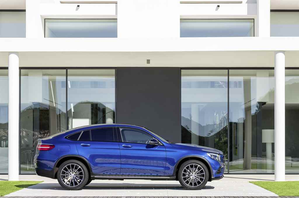 mercedes-benz-glc-coupe-2016-autoaddikt-2