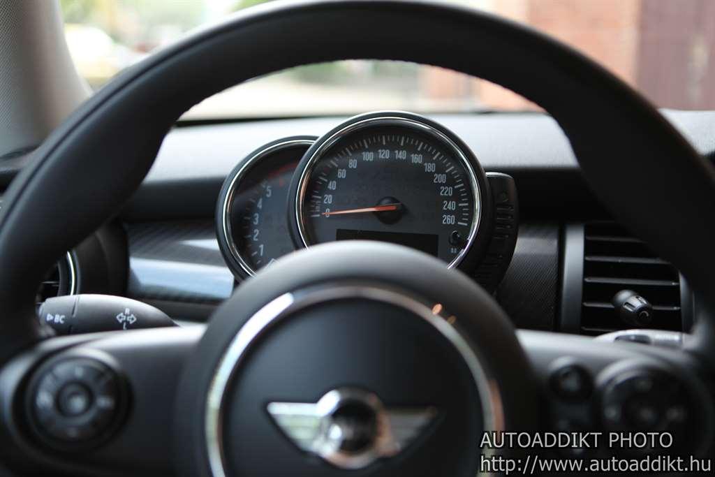 mini_cooper_d_205_teszt_autoaddikt_018