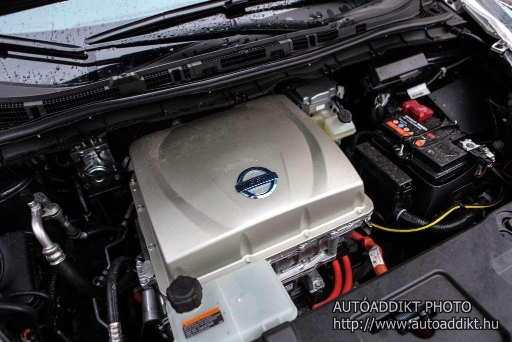nissan-leaf-24kwh-teszt-autoaddikt-016