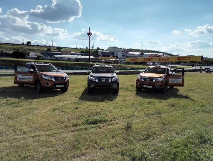 nissan-navara-hungaroring-kamion-eb