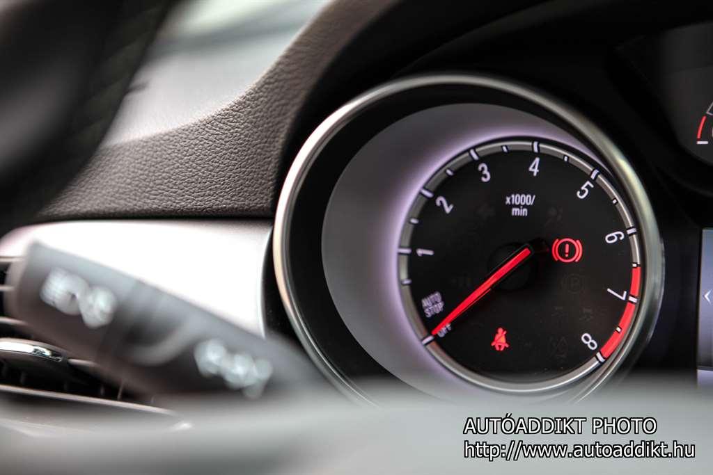 opel-astra-k-1-0-turbo-teszt-autoaddikt-020