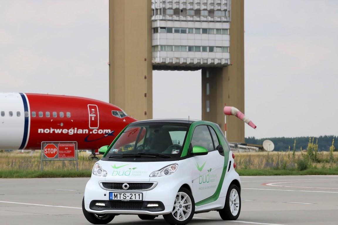 smart_ed_budapest_airport_autoaddikt_001