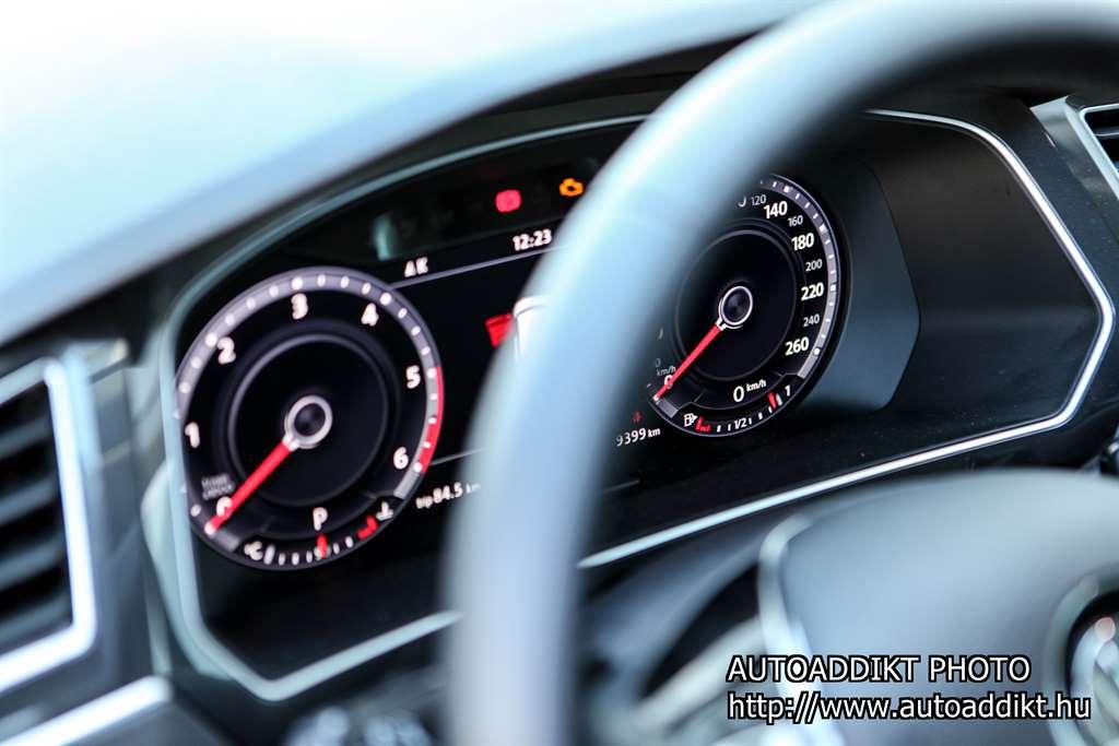 volkswagen-tiguan-2-0-tdi-dsg-4motion-teszt-autoaddikt-016